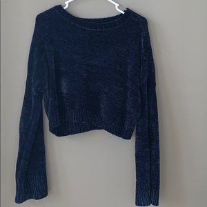 Hollister Sweaters - Cropped velvet sweater